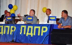 Анекдоты о вопросах к Жириновскому